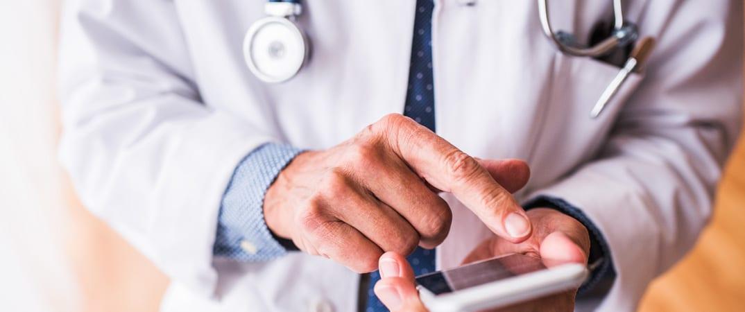 Choisir votre secrétariat médical externalisé: quelle solution est adaptée à vos besoins?
